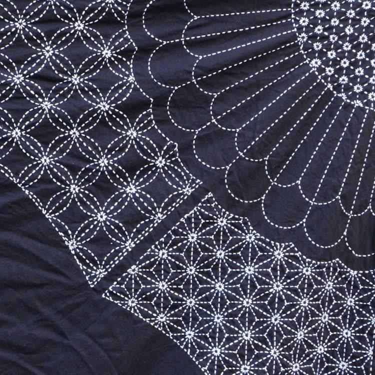 刺し子布 ジャパンヴィンテージ ファブリック テキスタイル 麻の葉 七宝つなぎ 菊 | Sashiko Fabric Japanese Art Vintage Cotton Textiles