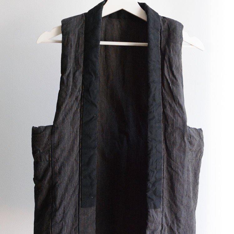 <img class='new_mark_img1' src='https://img.shop-pro.jp/img/new/icons8.gif' style='border:none;display:inline;margin:0px;padding:0px;width:auto;' />袖なし袢纏 はんてん 綿入れ 藍染 木綿 縞模様 着物 ジャパンヴィンテージ 30年代   Hanten Vest Indigo Kimono Cotton Stripe Japan Vintage