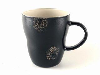耐熱ガラスのマグカップ 黒(内側:クリーム)
