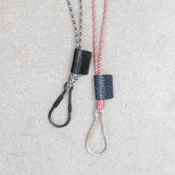 hobo [ホーボー] ''BRASS CARABINER KEY RING with NYLON CORD'' (MEN'S & LADIES')<img class='new_mark_img2' src='https://img.shop-pro.jp/img/new/icons13.gif' style='border:none;display:inline;margin:0px;padding:0px;width:auto;' />