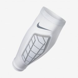 NIKE PRO HYPERSTRONG PADDED 2.0 フォアアームスリーブ ホワイト
