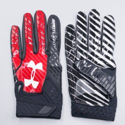 <img class='new_mark_img1' src='https://img.shop-pro.jp/img/new/icons5.gif' style='border:none;display:inline;margin:0px;padding:0px;width:auto;' />Mサイズ UNDER ARMOUR NFL SPOTLIGHT 2017 ブラック・レッド