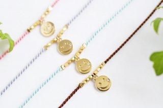 選べる13色【smile スマイル】シルクコード・ブレスレット/アンクレット(ゴールド)