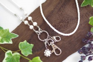 【pearls & crystals】パール&クリスタル・スマホロングストラップ(1)<ホワイト×シルバー>[コットンパール/スワロフスキークリスタル]