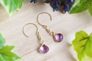K14GF【violet drops】菫滴・ピアス/イヤリング/ノンホールピアス[アメシスト]<img class='new_mark_img2' src='//img.shop-pro.jp/img/new/icons14.gif' style='border:none;display:inline;margin:0px;padding:0px;width:auto;' />