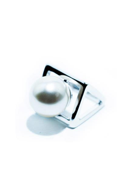 pearl polygon ring