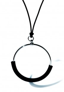 leather circle necklace (black)