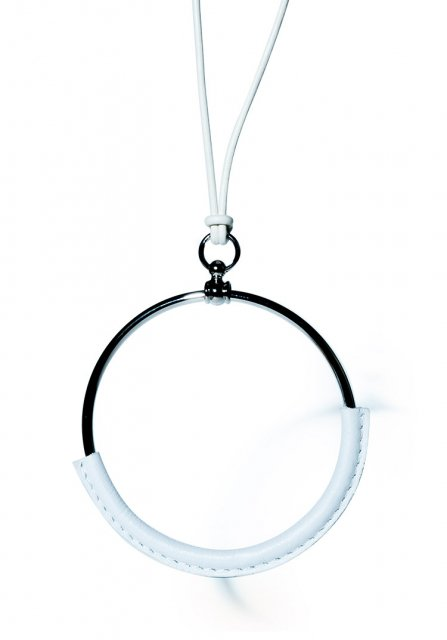 leather circle necklace (white)