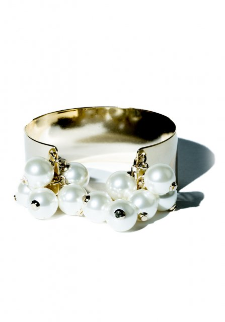 many pearl bangle (gold)