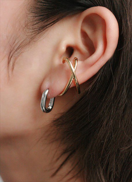 pinch ear cuff (gold)