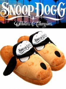 "Snoop Dogg ""Doggie House"" Slippers"