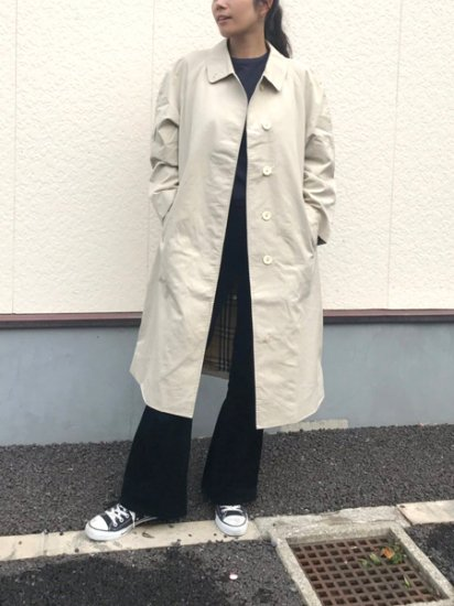 【USED】 Burberrys Sten Collar Coat White Beige