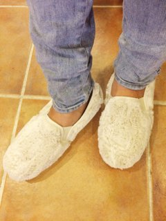 【NEW】O'kyti FAUX FUR SLIP-ON Made in Spain WHITE
