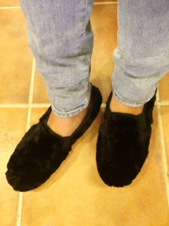 【NEW】O'kyti FAUX FUR SLIP-ON Made in Spain BLACK