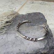 Twisted Square Wire Silver Cuff Bracelet (ツイストスクエア シルバー バングル)
