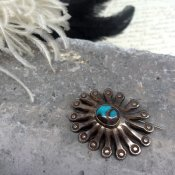 Vintage Silver×Bisbee Turquoise Brooch (ヴィンテージ シルバー×ビズビーターコイズブローチ)