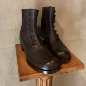 BEAUTIFUL SHOES(ビューティフルシューズ)Buttoned Sidegore Boots Dark Brown