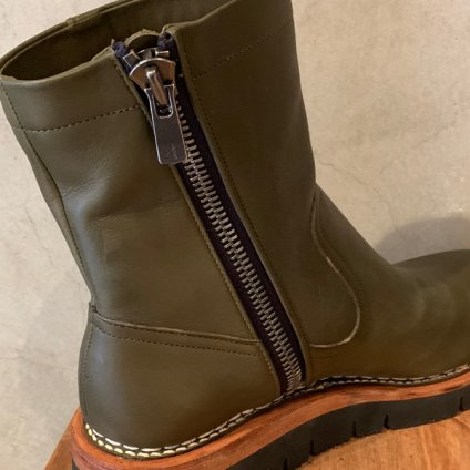 <img class='new_mark_img1' src='https://img.shop-pro.jp/img/new/icons20.gif' style='border:none;display:inline;margin:0px;padding:0px;width:auto;' />【20%OFF】SONOMITSU Leather Boots(ソノミツ レザーブーツ) Olieve Green