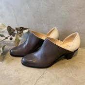 SONOMITSU(ソノミツ)Bi-color Pumps Gray×White