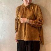 suzuki takayuki puff-sleeve blouse (スズキタカユキ パフスリーブ ブラウス)Light brown