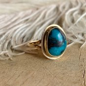 Vintage Navajo 14KYG×Bisbee Turquoise Ring (ナバホ族 14K金×ビズビーターコイズリング)