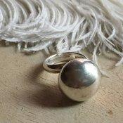 """""""Navajo Pearl"""" Face Silver Tourist Ring by Sharon Sandoval (シャロン・サンドバル作 ナバホパールフェイス シルバー ツーリスト リング)"""