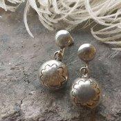 Vintage Navajo Pearl Silver Screw-back Earrings (ナバホパール スクリューバック イヤリング)