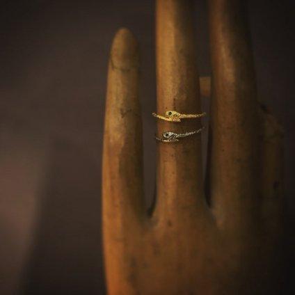 momocreatura Snake Ring Gold Emerald(モモクリアチュラ ヘビリング ゴールド エメラルド)