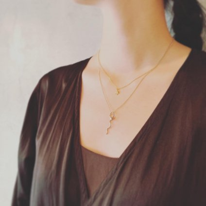 momocreatura Waving Snake Necklace Gold(モモクリアチュラ ヘビネックレス ゴールド)