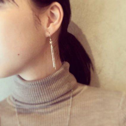 momocreatura Shooting Star Earrings Gold(モモクリアチュラ 流れ星ピアス ゴールド)