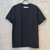 <img class='new_mark_img1' src='https://img.shop-pro.jp/img/new/icons13.gif' style='border:none;display:inline;margin:0px;padding:0px;width:auto;' />suzuki takayuki t-shirt (スズキタカユキ Tシャツ)Black/Unisex