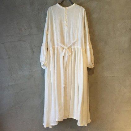 <img class='new_mark_img1' src='https://img.shop-pro.jp/img/new/icons13.gif' style='border:none;display:inline;margin:0px;padding:0px;width:auto;' />ikkuna/suzuki takayuki pullover dress(イクナ/スズキタカユキ プルオーバードレス)White