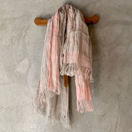 <img class='new_mark_img1' src='https://img.shop-pro.jp/img/new/icons13.gif' style='border:none;display:inline;margin:0px;padding:0px;width:auto;' />suzuki takayuki linen shawl(スズキタカユキ リネンショール)Pink