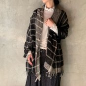 <img class='new_mark_img1' src='https://img.shop-pro.jp/img/new/icons13.gif' style='border:none;display:inline;margin:0px;padding:0px;width:auto;' />suzuki takayuki linen shawl(スズキタカユキ リネンショール)Black