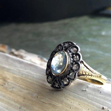 <img class='new_mark_img1' src='https://img.shop-pro.jp/img/new/icons13.gif' style='border:none;display:inline;margin:0px;padding:0px;width:auto;' />Victorian 18K/Aquamarine/Diamond Antique Ring(ヴィクトリアン 18K アクアマリン/ダイヤモンド アンティークリング)