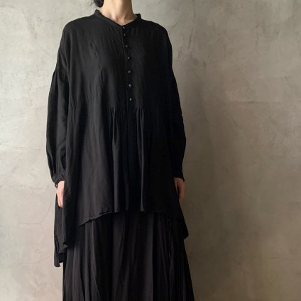 <img class='new_mark_img1' src='https://img.shop-pro.jp/img/new/icons13.gif' style='border:none;display:inline;margin:0px;padding:0px;width:auto;' />suzuki takayuki broad blouse(スズキタカユキ ブロードブラウス)Black
