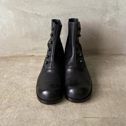<img class='new_mark_img1' src='https://img.shop-pro.jp/img/new/icons56.gif' style='border:none;display:inline;margin:0px;padding:0px;width:auto;' />BEAUTIFUL SHOES Buttoned Sidegore Boots(ビューティフルシューズ ボタンドサイドゴアブーツ) Black