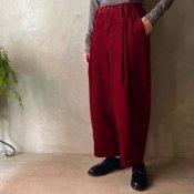 <img class='new_mark_img1' src='https://img.shop-pro.jp/img/new/icons13.gif' style='border:none;display:inline;margin:0px;padding:0px;width:auto;' />【限定カラー】suzuki takayuki  wide legged pants�(スズキタカユキ ワイドレッグドパンツ�)Carmine/Unisex