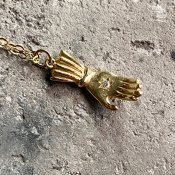 【期間限定販売】momocreatura Hand Necklace 9KYG×Diamond(ハンドネックレス 9K金無垢×ダイヤモンド)