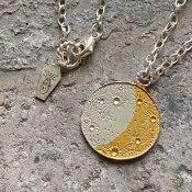 【期間限定販売】momocreatura Large Crescent Moon&Sun Reversible Disc Necklace(三日月×太陽 リバーシブル ネックレス シルバー×ゴールド)