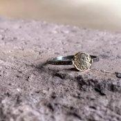 【期間限定販売】momocreatura Mini Moon Disc Ring 9KYG×Oxdised Silver(ミニムーンリング 9K金無垢×燻しシルバー)