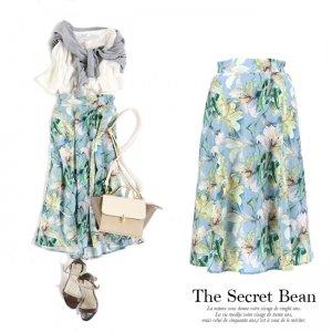 【ゆうパケ】水彩花柄フレアスカート