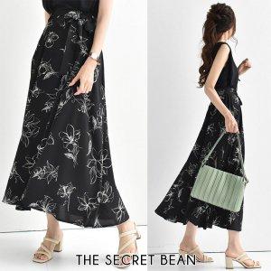 【ゆうパケ】サッシュリボン付 手書き風花柄フレアスカート(ブラック)