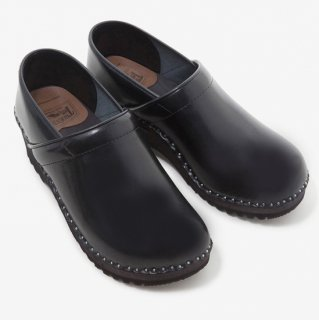 Troentorp - Swedish Clog - Closed Back - Smooth Black