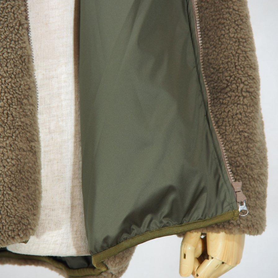 Needles SportswearBear JacketSynthetic BoaBeige