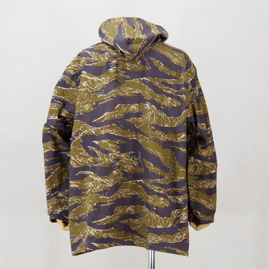 Needles - Reversible Bush Parka - Cotton Herringbone - Print Leopard - Print Tiger Camo