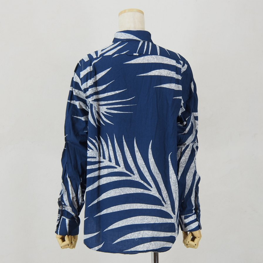Engineered Garments - Short Collar Shirt for Woman - Big Leaf Print - Navy
