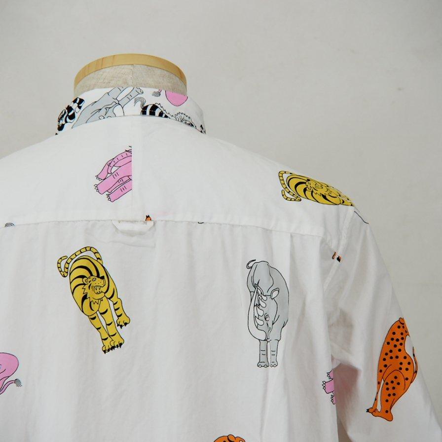 BRU NA BOINNE - カラーアニマルズシャツ