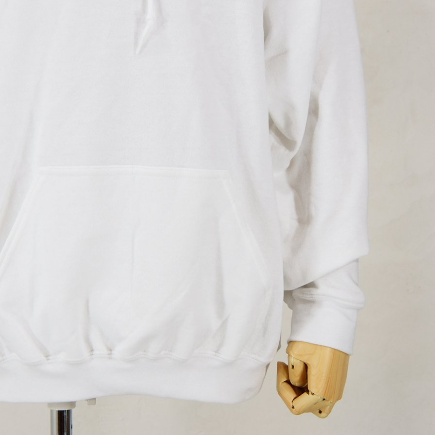 AiE - Printed Hoody - Face - White