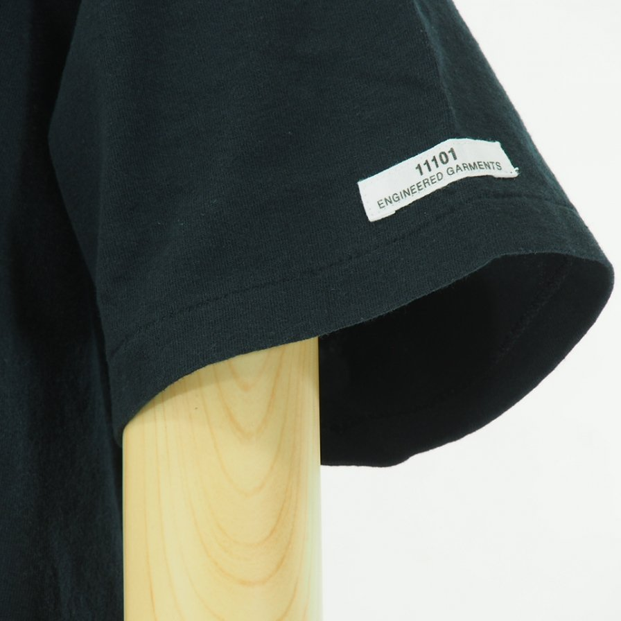 Engineered Garments - Printed Cross Crew Neck T shirt - Long Island City - Dk.Navy